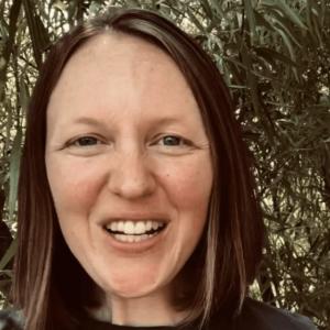 Stories That Shape Us – Tara Vincross